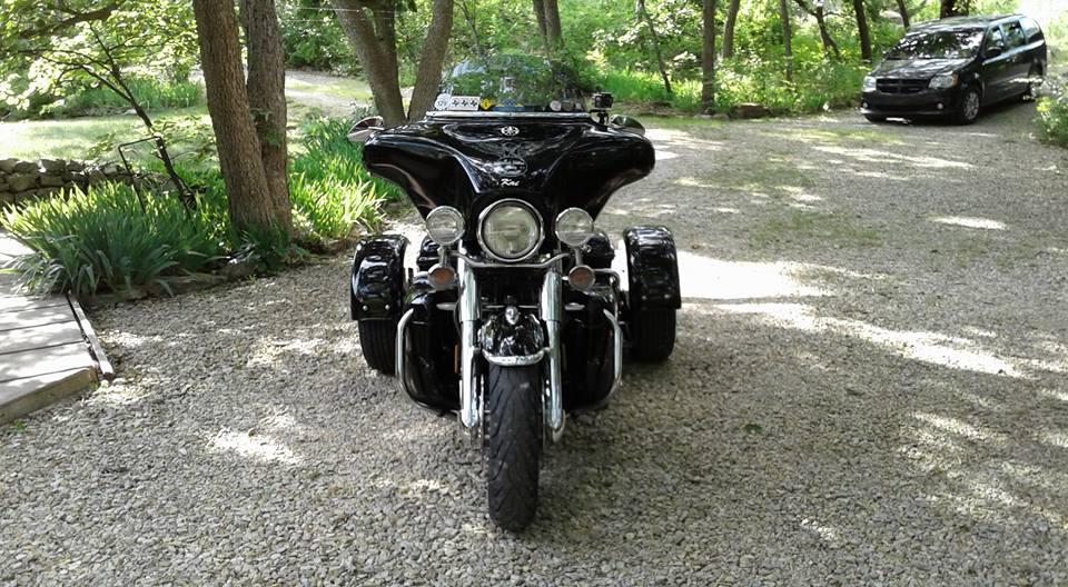 2013 Yamaha Roadstar 1700 Custom Kit black 15 inch machined face flared fenders xcite 1