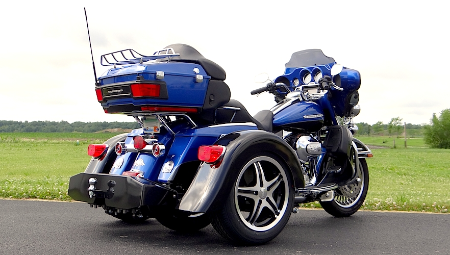 H-D Classic - Voyager Custom Motorcycle Trike Kit