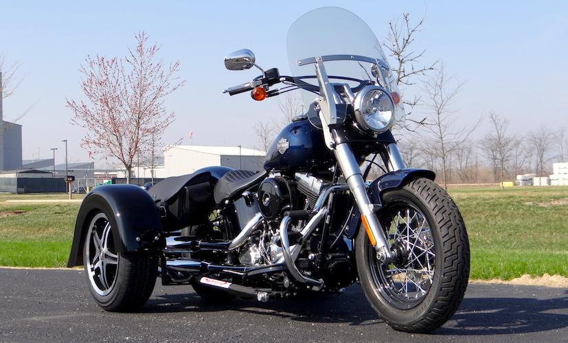 H-D Dyna Street Bob - Voyager Custom Motorcycle Trike Kit
