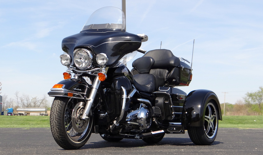 H-D Ultra Classic - Voyager Custom Ridged Motorcycle Trike Kit
