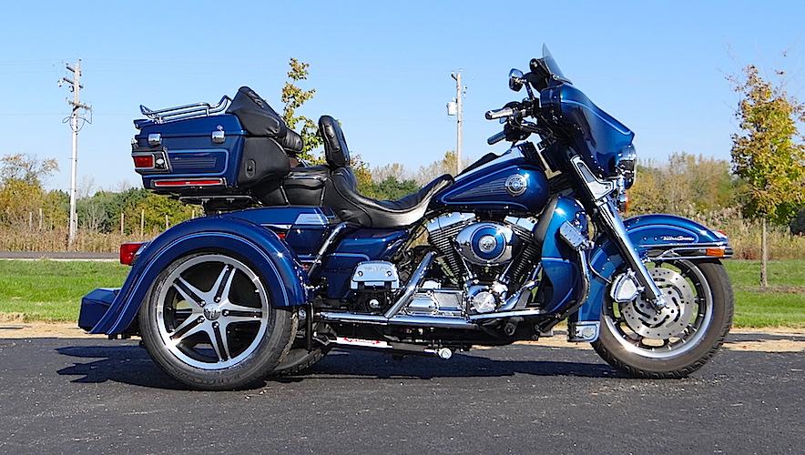 H-D Ultra Classic - Voyager Custom Motorcycle Trike Kit