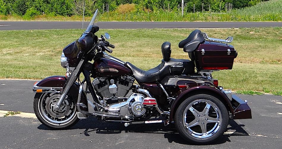Harley-Davidson Ultra Classic - Voyager Standard Motorcycle Trike Kit
