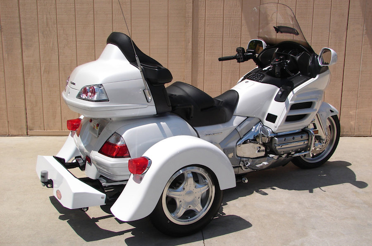 Honda GL 1800 - Voyager Custom Motorcycle Trike Kit