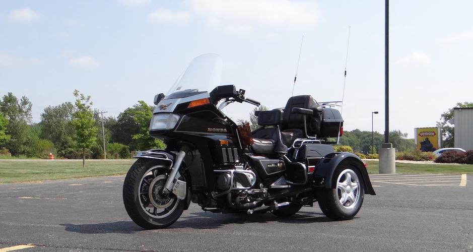 Honda GL1200 - Voyager Custom Motorcycle Trike Kit