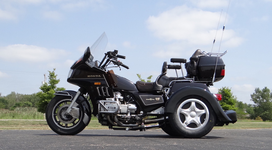 Honda GL1200 - Voyager Custom Motorcycle Trike Kit