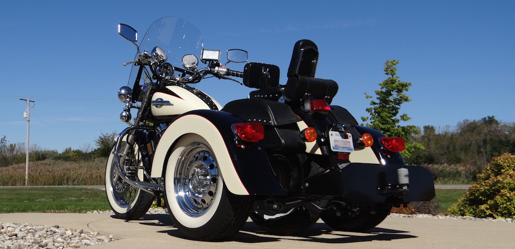 Honda Shadow ACE 1100 - Voyager Custom Motorcycle Trike Kit