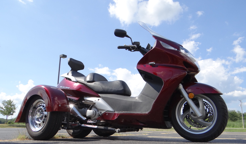 Honda Silverwing 600 - Voyager Custom Motorcycle Trike Kit