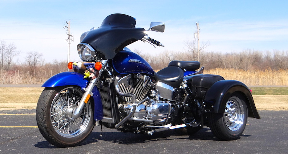 Honda VTX 1300 (S) - Voyager Custom Motorcycle Trike Kit