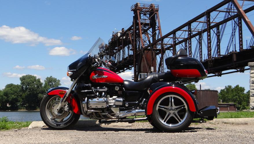 Honda Valkyrie - Voyager Custom Motorcycle Trike Kit