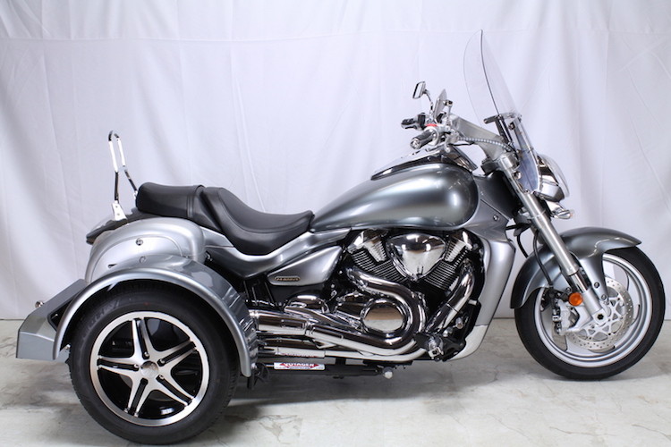 Suzuki Boulevard M109R - Voyager Standard Motorcycle Trike Kit