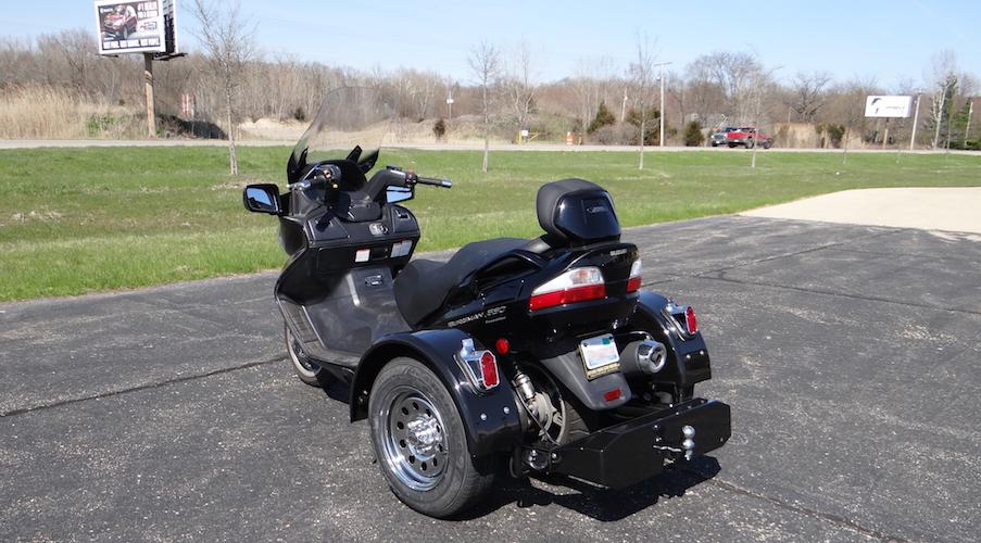 Suzuki Burgman 650 Executive - Voyager Standard Trike Kit 2