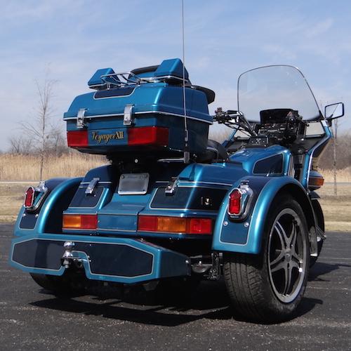 Kawasaki Voyager 1200 Standard PTM Dark Blue Light Blue 15 in mach face tombstone lights 36 copy